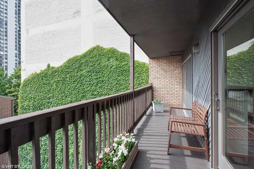 1240 N Dearborn St, Unit 3, Chicago, IL