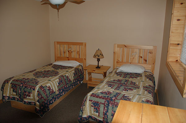 RC-twin-bedroom