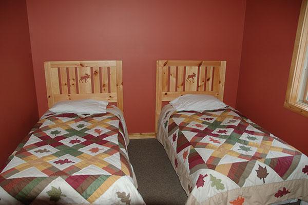 RC-twin-bedroom1