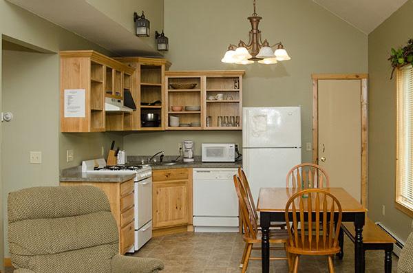 cabin-10-living