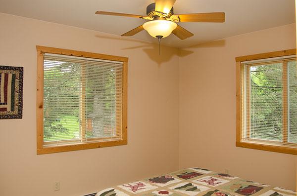 cabin-12-bedroom-3