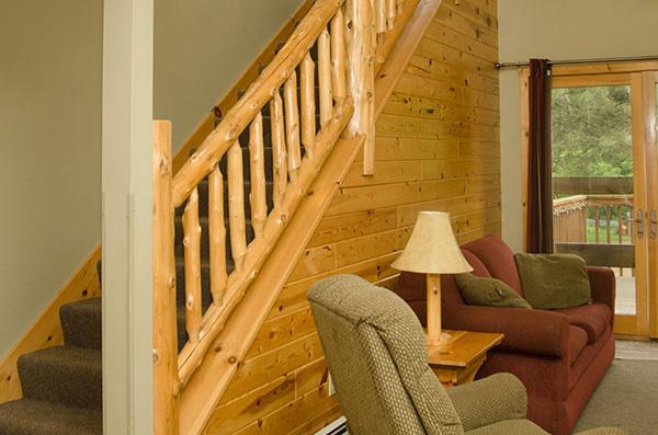cabin-12-living-room