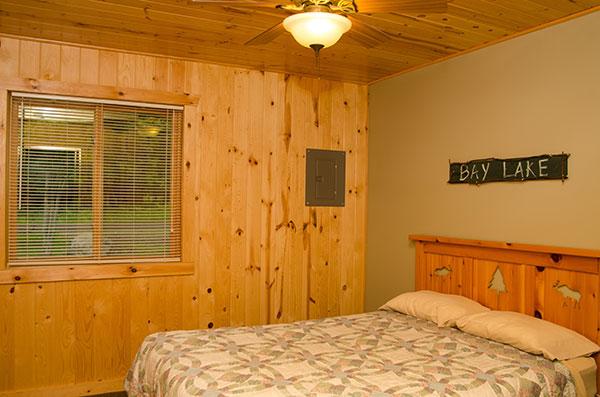cabin-19-bedroom-1