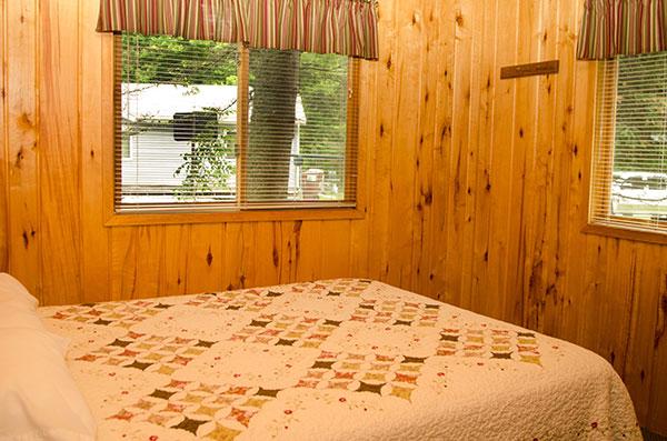 cabin-2-bedroom-1