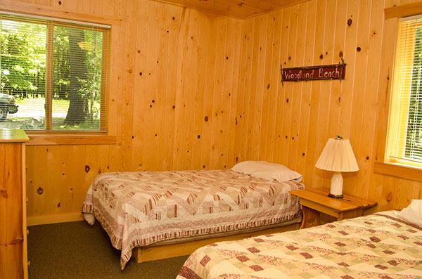 cabin-20-bedroom-2