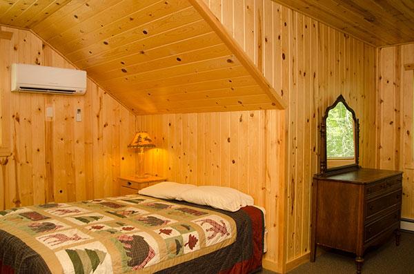cabin-20-bedroom-3