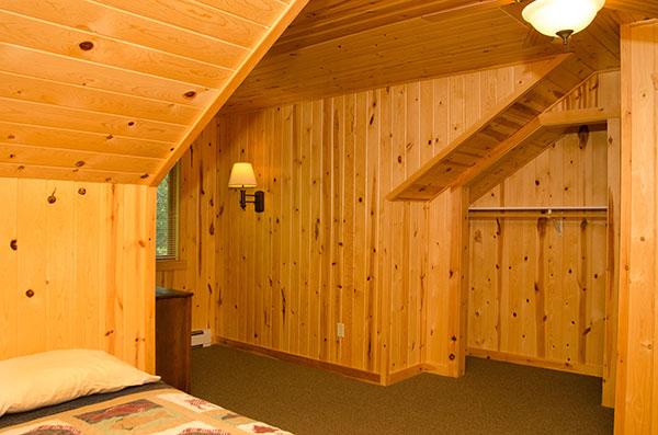 cabin-20-bedroom-3a
