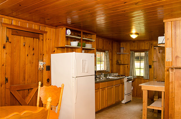 cabin-5-kitchenjpg