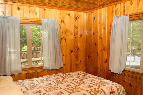 cabin-7-bedroom-1
