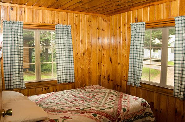 cabin-8-bedroom-1