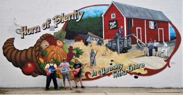"Wakesha, Wisconsin barn mural "" Horn of Plenty"""