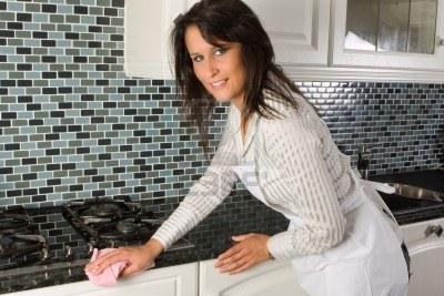 cleaning granite countertops