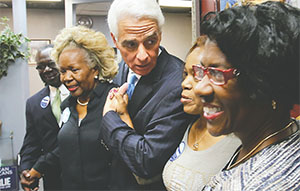 Democratic gubernatorial candidate Charlie Crist thanks supporters at a hair salon in Tampa on Nov. 4, 2014, the last event of his campaign(JOE BURBANK/ORLANDO SENTINEL/TNS)