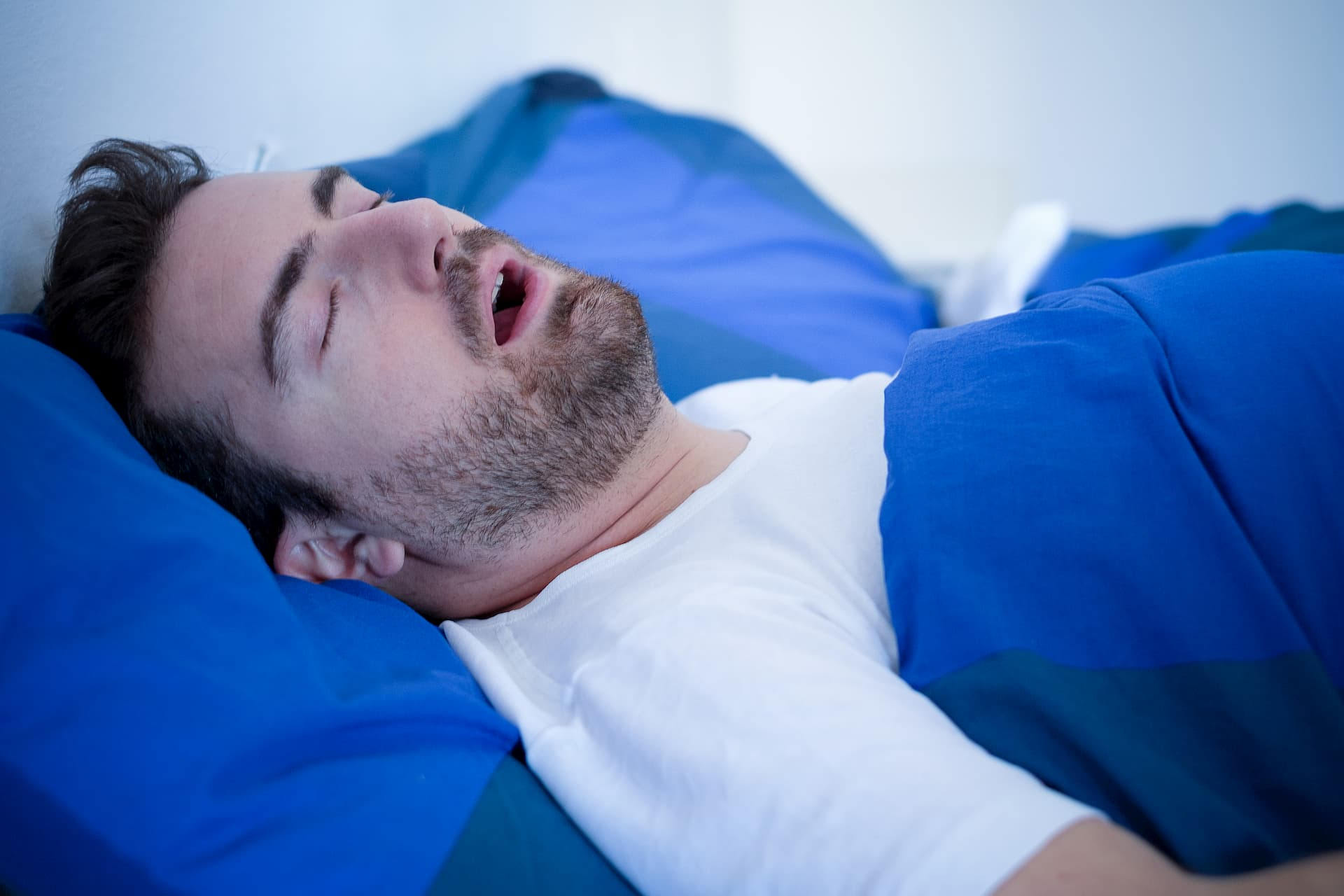 Man-Sleep-Apnea