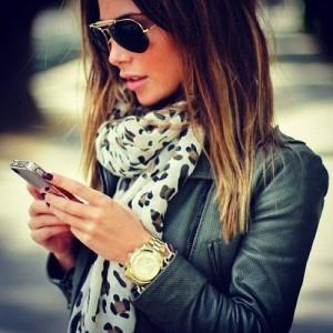Smart phone? Smart hair!