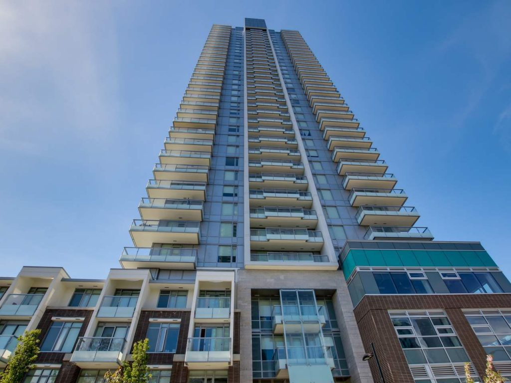 Metrotown Apartment