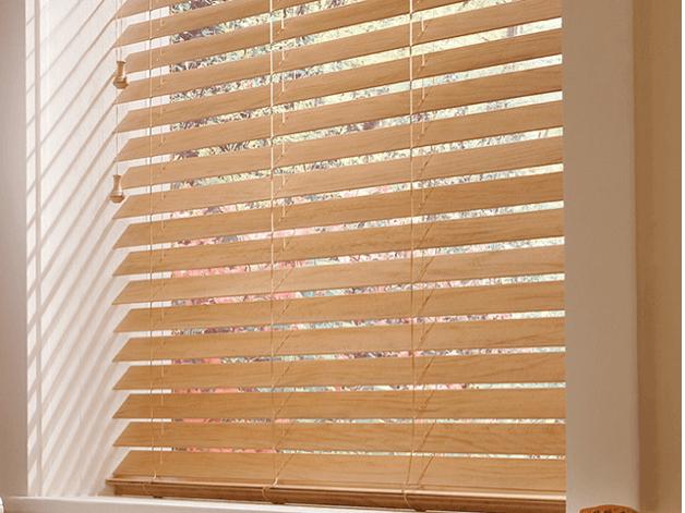 Wood Blinds 14