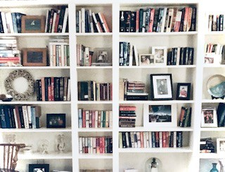 DIY Build In Book Shelves