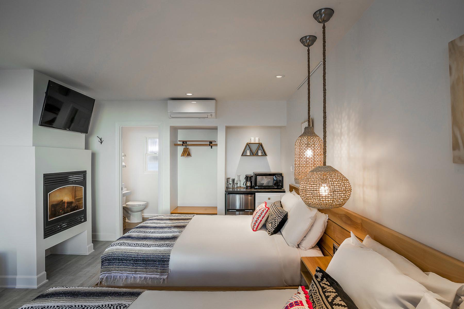 Blue Sands Inn Double Bedroom