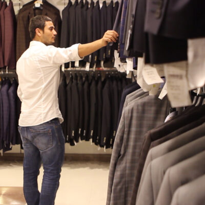 What Nobody Tells You About Clothes Shopping   Shopping Smarter