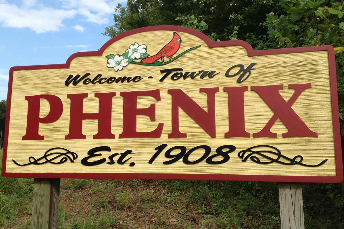 "Photo: Alan Levine. ""Phenix, Virginia"" Licensed under CC BY 2.0"
