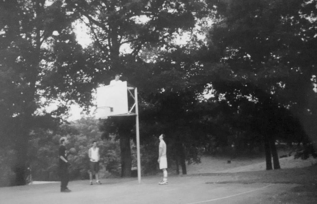kids at basketball court
