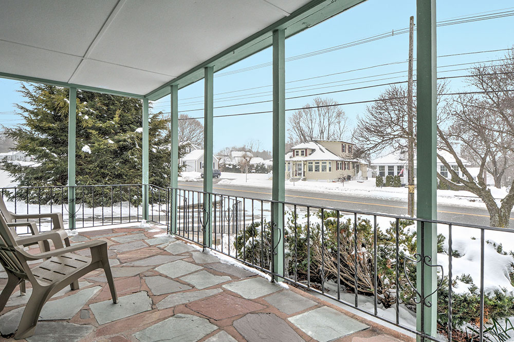 Front Porch - 272 Massachusetts Ave North Andover, MA