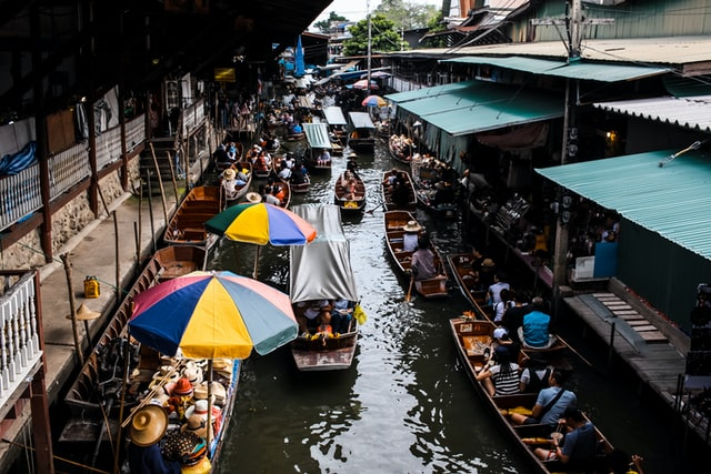 floating markets Best Tour Place