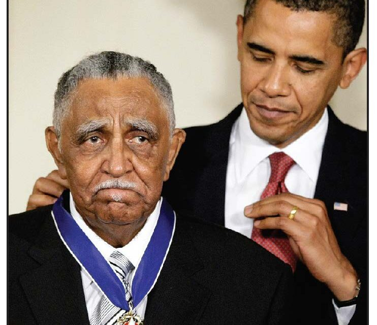 Rev. Joseph Lowery, Civil Rights Leader And MLK Aide, Dies At 98