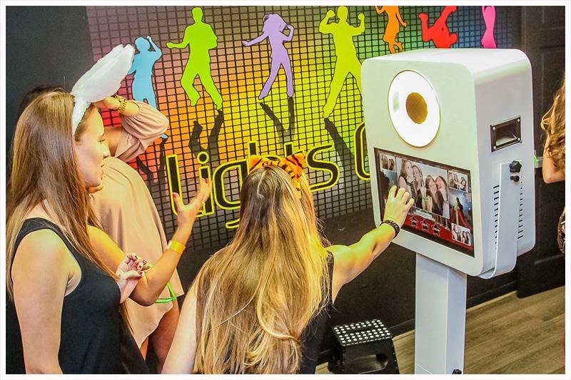 iPhoto Kiosk - Miami Photo Booth Party - Miami, Fort Lauderdale, Palm Beach, Florida Keys, Florida