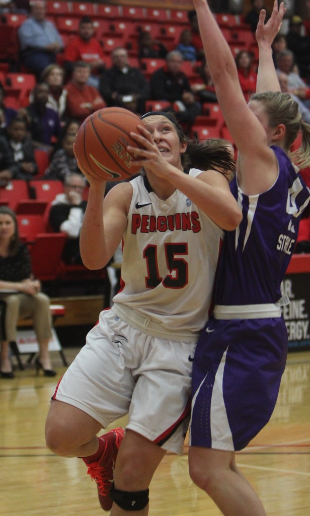Heidi Schlegel scored 18 points and grabbed 14 rebounds in YSU's 83-61 victory against Niagara on Saturday at the Beeghly Center.