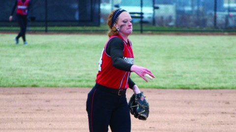 Youngstown State University pitcher Kayla Haslett picked up the win in YSU's 4-3 come-from-behind victory over St. Bonaventure University on Wednesday. Haslett came in to relieve starting pitcher Caitlyn Minney. Haslett's record improved to 5-10 on the season. Photo by Dan Hiner/ The Jambar.