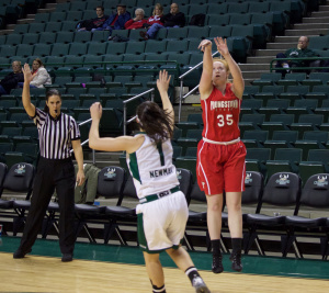 Youngstown State University's Kelley Wright shots a 3-pointer during YSU's 75-68 loss to Cleveland State on Saturday.