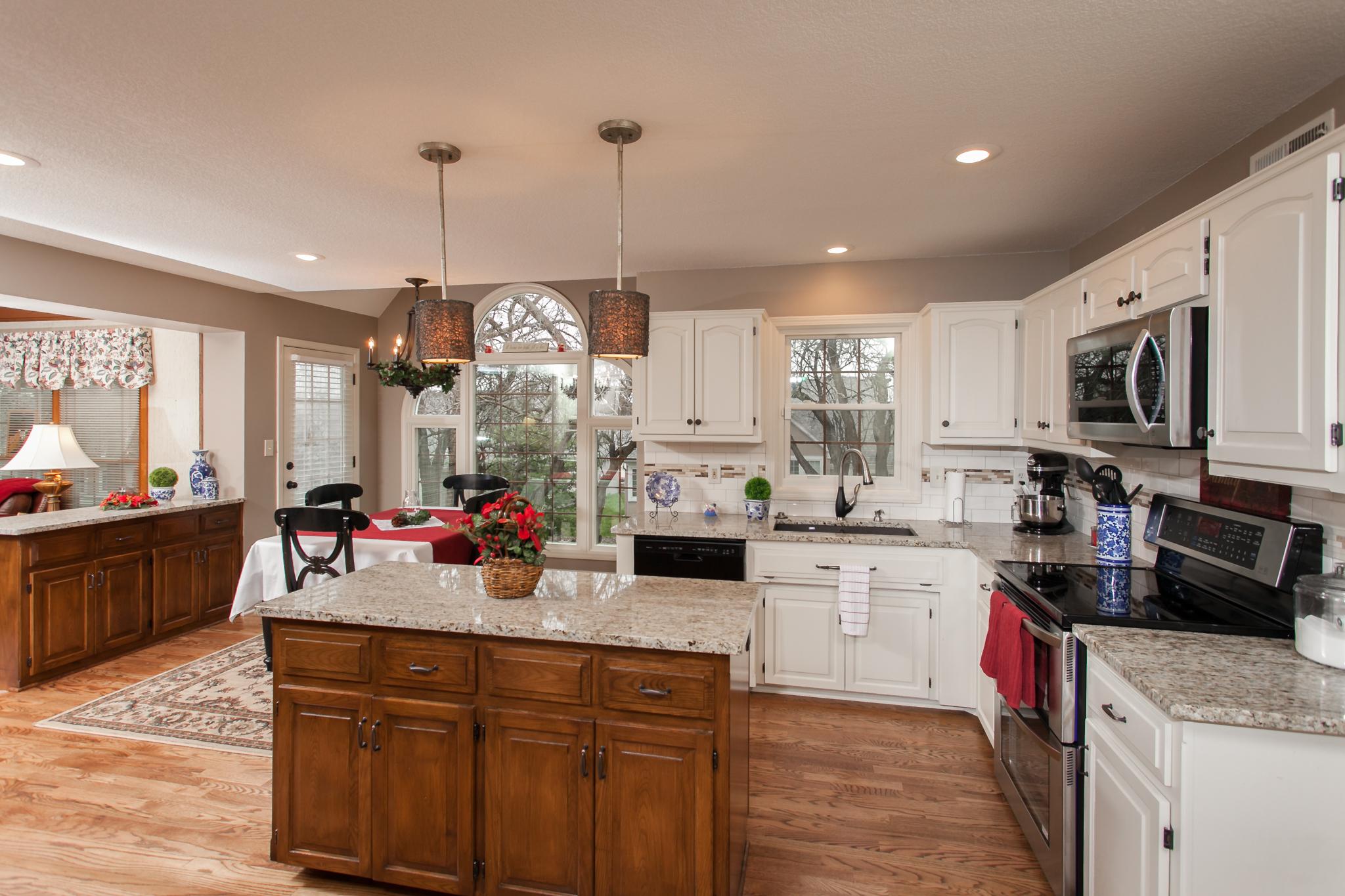 custom island open kitchen