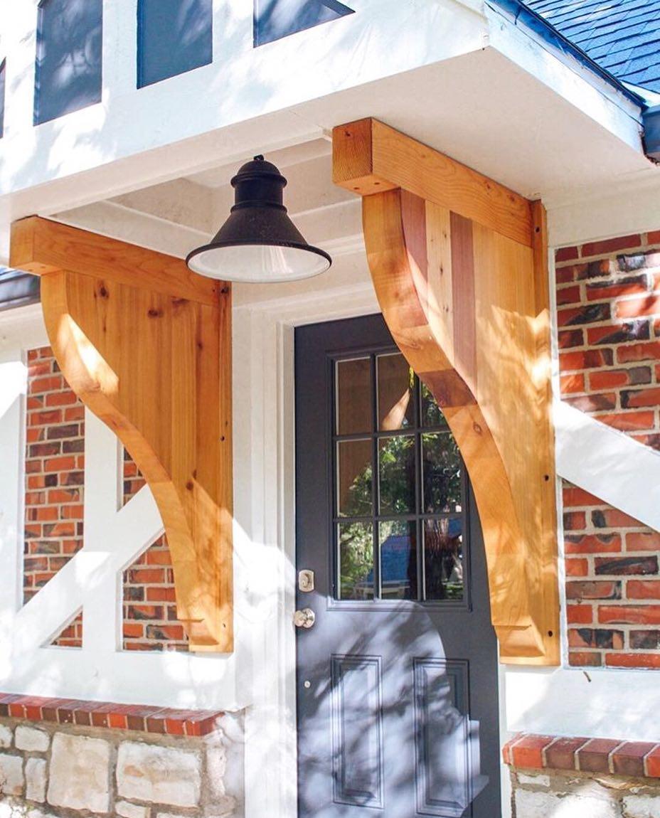 bargain mansions entryway