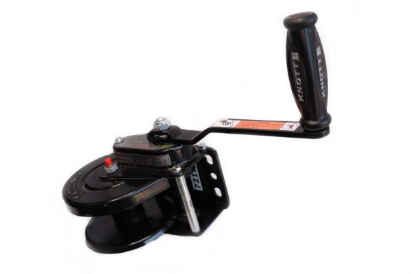 AutoFlex Knott Winch w/ Plastic Cover without Brake Black – 2000 lbs