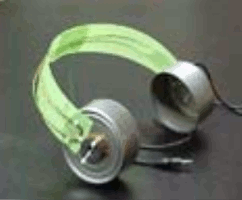headphone made with coat hanger and cans