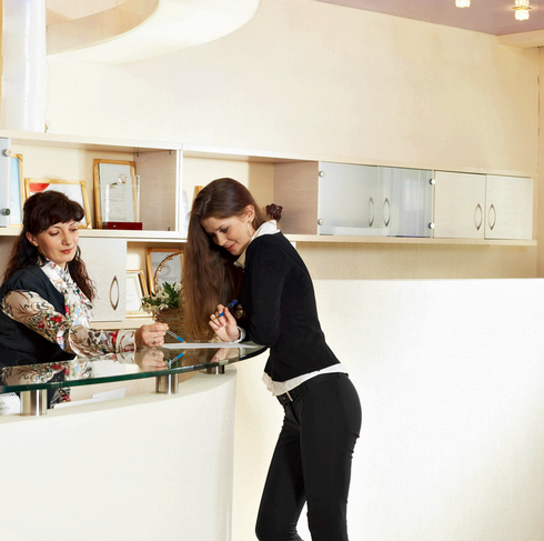 How to Effectively Manage the Front Desk (I-II Series)
