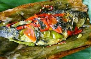 Makanan Khas Papua ikan bungkus