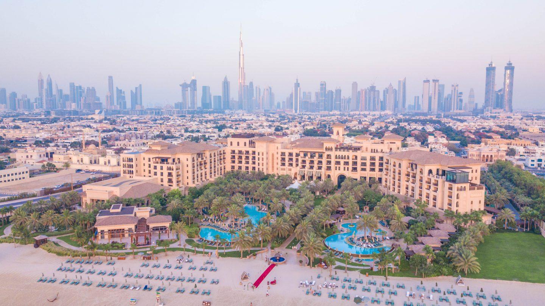 Beachfront Luxury in the City: Four Seasons Dubai at Jumeriah Beach