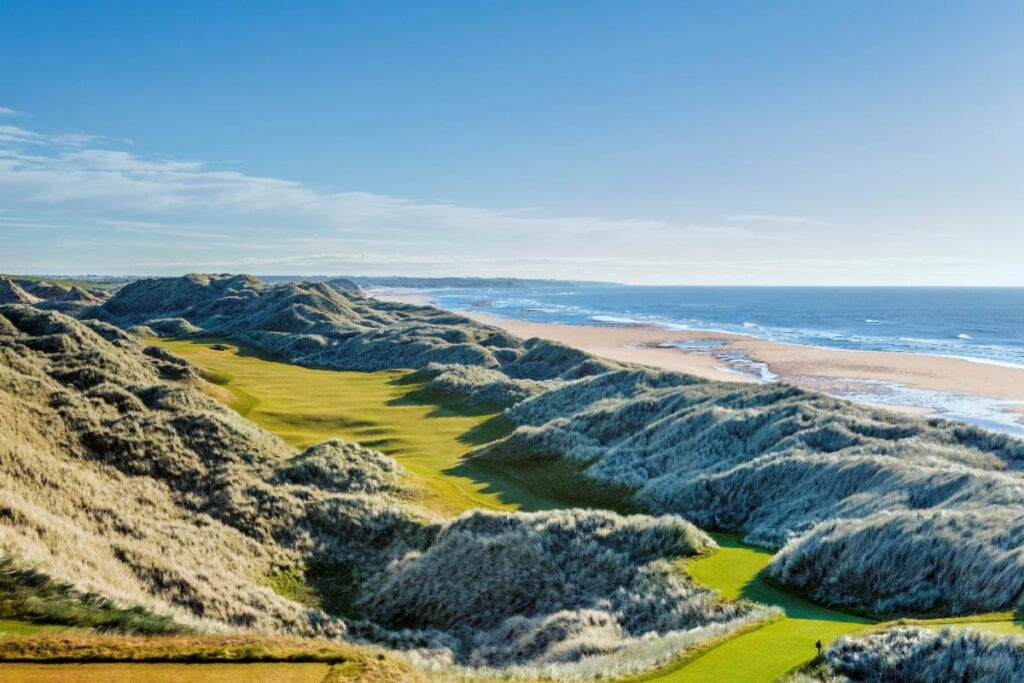 the best golf clubs and whisky in Aberdeenshire Scotland
