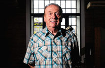 Geoff Emerick, during his interview with Clarín in April of this year. Image Credit: Pedro Lazaro Fernández, 2016.