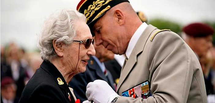 Veterans receive the Légion d'honneur.