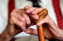 Dementia accounts for one in eight deaths. Statisticians say that a better understanding of dementia and improved diagnosis of the disease means that it is more likely to be recorded on death certificatesJ. Image Credit: Oe Giddens / PA Press Associated, 2019.