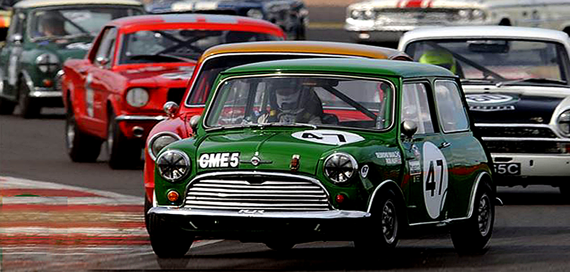 Silverstone Classic to celebrate Mini.