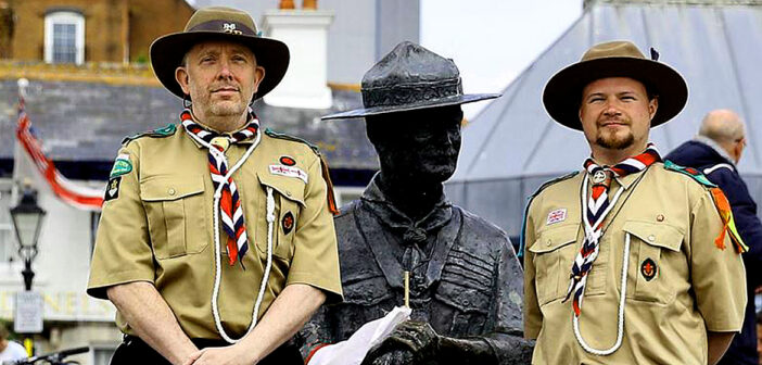 Scouts mobilize to defend Baden-Powell statue.