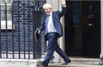 Government quits over Brexit changes. Boris Johnson faces growing unease among Tory backbenchers about his strategy, seen as a watering down of the withdrawal agreement. Image Credit: Jack Hill for The Times, London, UK / 2020.