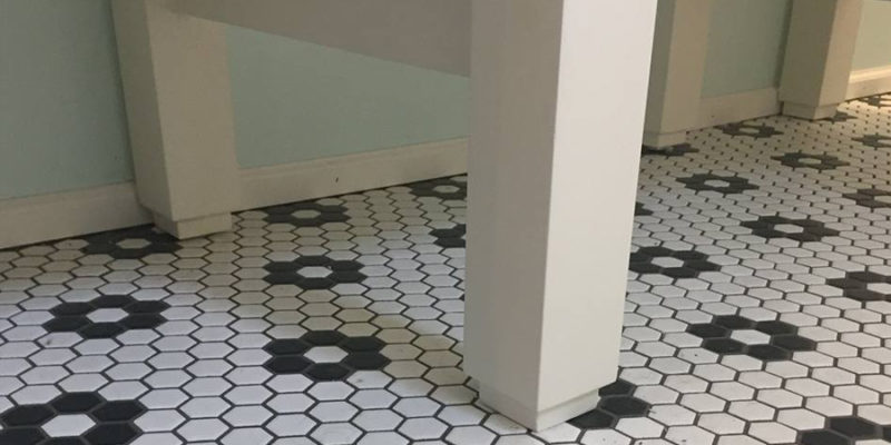ceramic tile bathroom floor