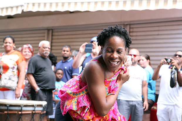 Dancer in the streets of Pointe a Pitre