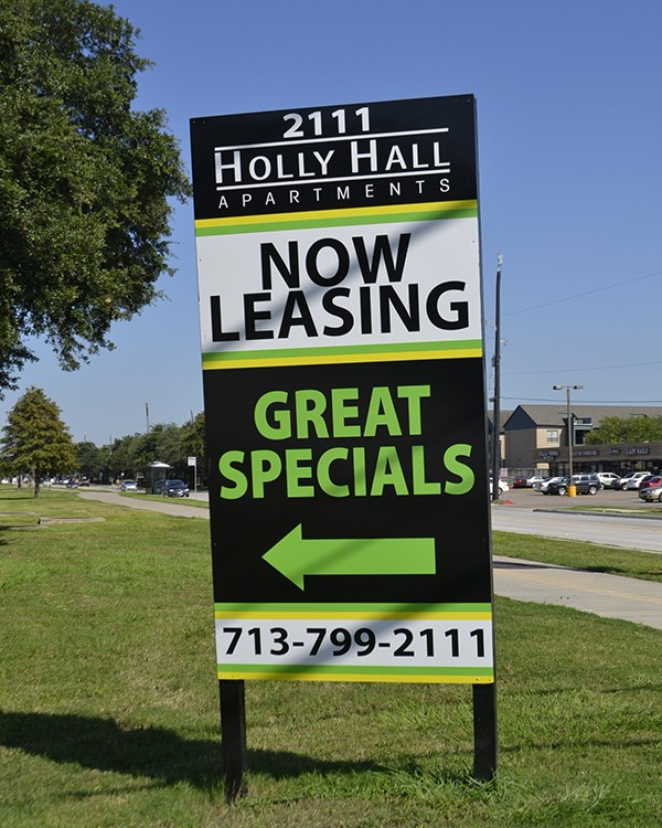 Attractive real estate signs by Stryker Designs in Pflugerville, TX